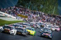 DTM Spielberg 2016 Start (c) Philip Platzer Red Bull Content Pool.jpg