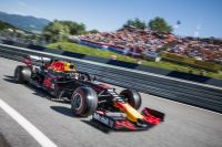 F1 GP AUT 2019 Max Verstappen Turn 1 (c)  Philip Platzer Red Bull Content Pool .jpg